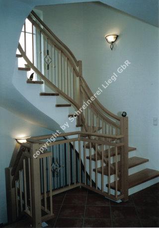 1 2 gewendelte treppe. Black Bedroom Furniture Sets. Home Design Ideas