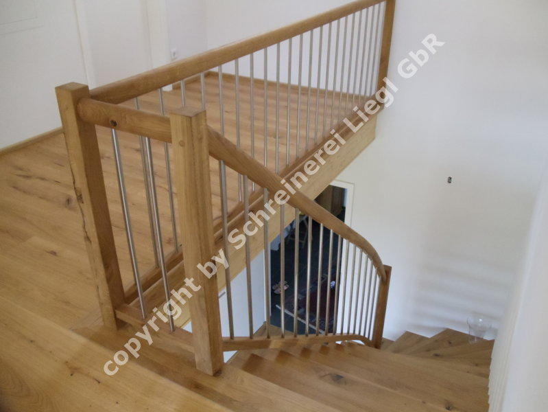 1 4 gewendelte treppe 10. Black Bedroom Furniture Sets. Home Design Ideas